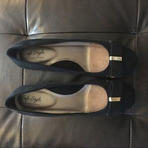 Black bow block heels
